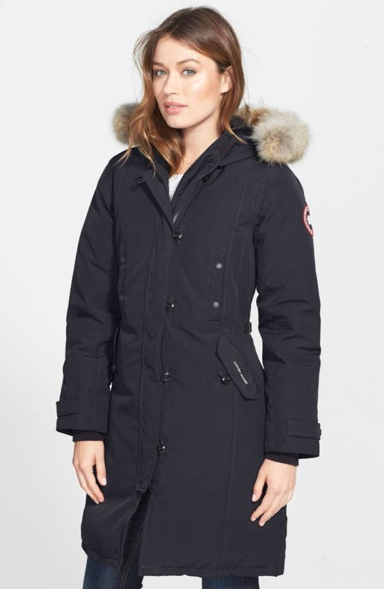 Canada Goose Kensington Slim Fit Down Parka with Genuine Coyote Fur Trim Navy Blue
